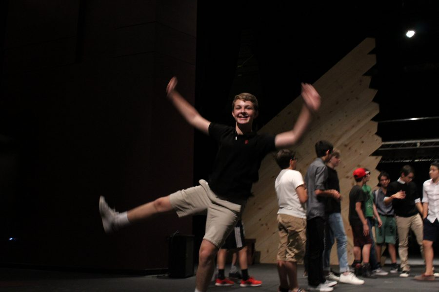 Rehearsals+for+Middle+School+Musical+Footloose+begin