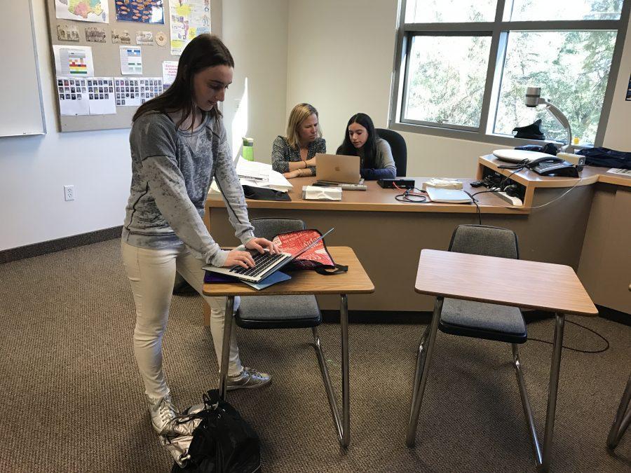 Carli+Cooperstein+20+writes+on+her+laptop+during+Pen+Pal+Club.+Credit%3A+Zoe+Redlich+20%2FSPECTRUM