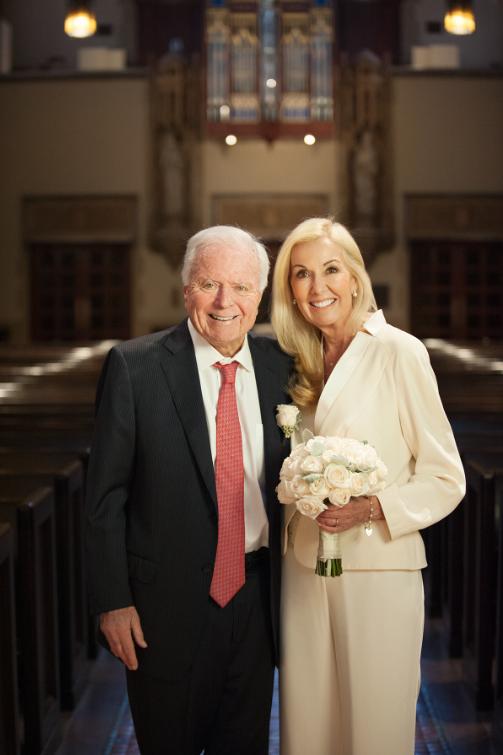 Gregory marries former Mayor