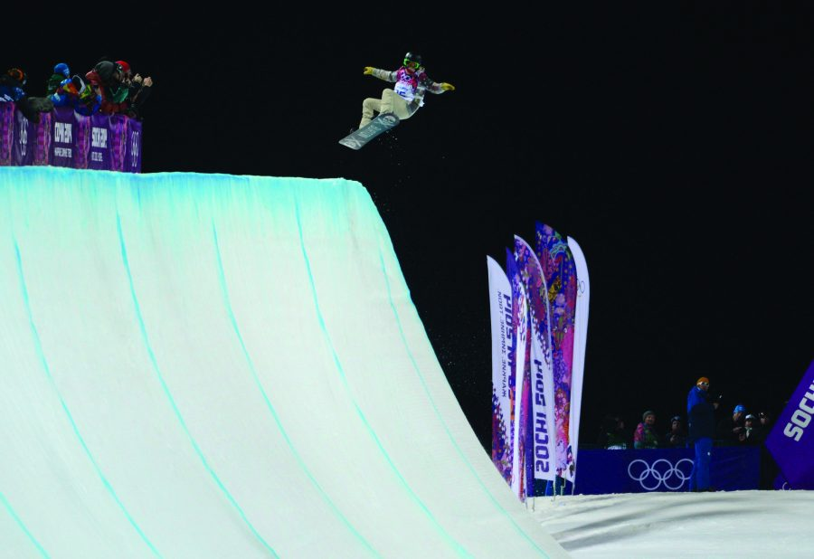 USA%26apos%3Bs+Shaun+White+starts+his+run+during+the+finals+in+the+men%26apos%3Bs+halfpipe+competition+at+the+Rosa+Khutor+Extreme+Park+in+the+Winter+Olympics+in+Sochi%2C+Russia%2C+Tuesday%2C+Feb.+11%2C+2014.+%28Nhat+V.+Meyer%2FBay+Area+News+Group%2FMCT%29