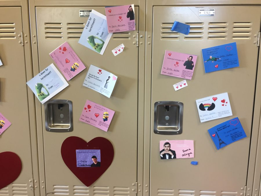 Students receive ILY Grams for Valentines Day