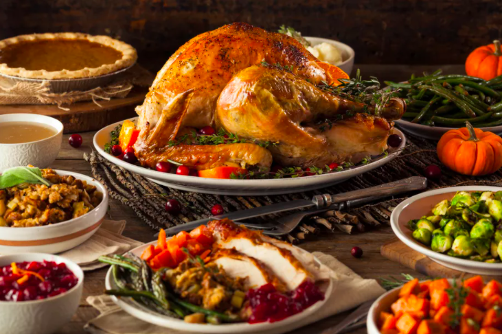 HW's Thanksgiving Food Drive to Help Families in Need This Season